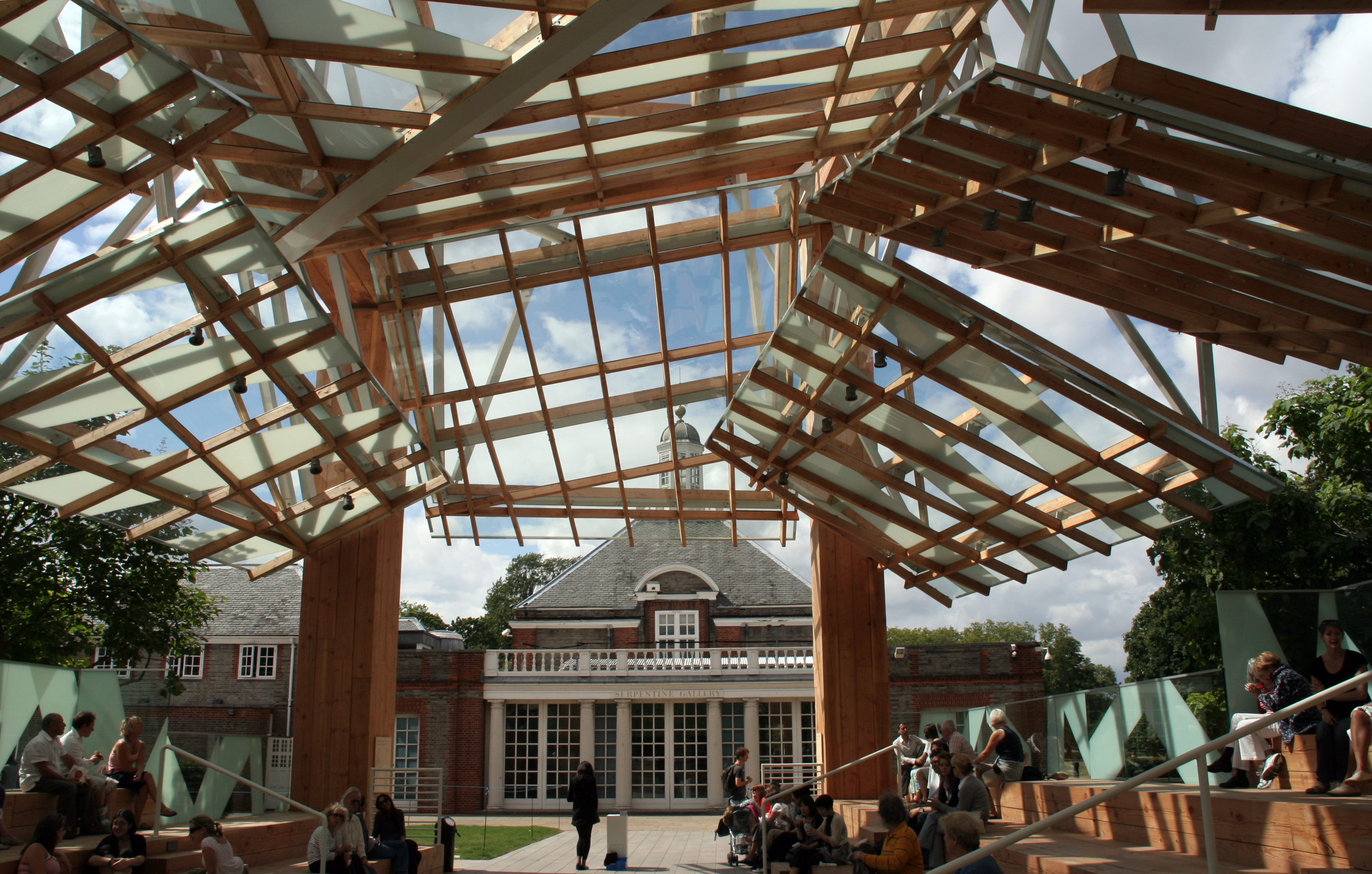 Serpentine_Gallery_Pavilion_FrankGehry