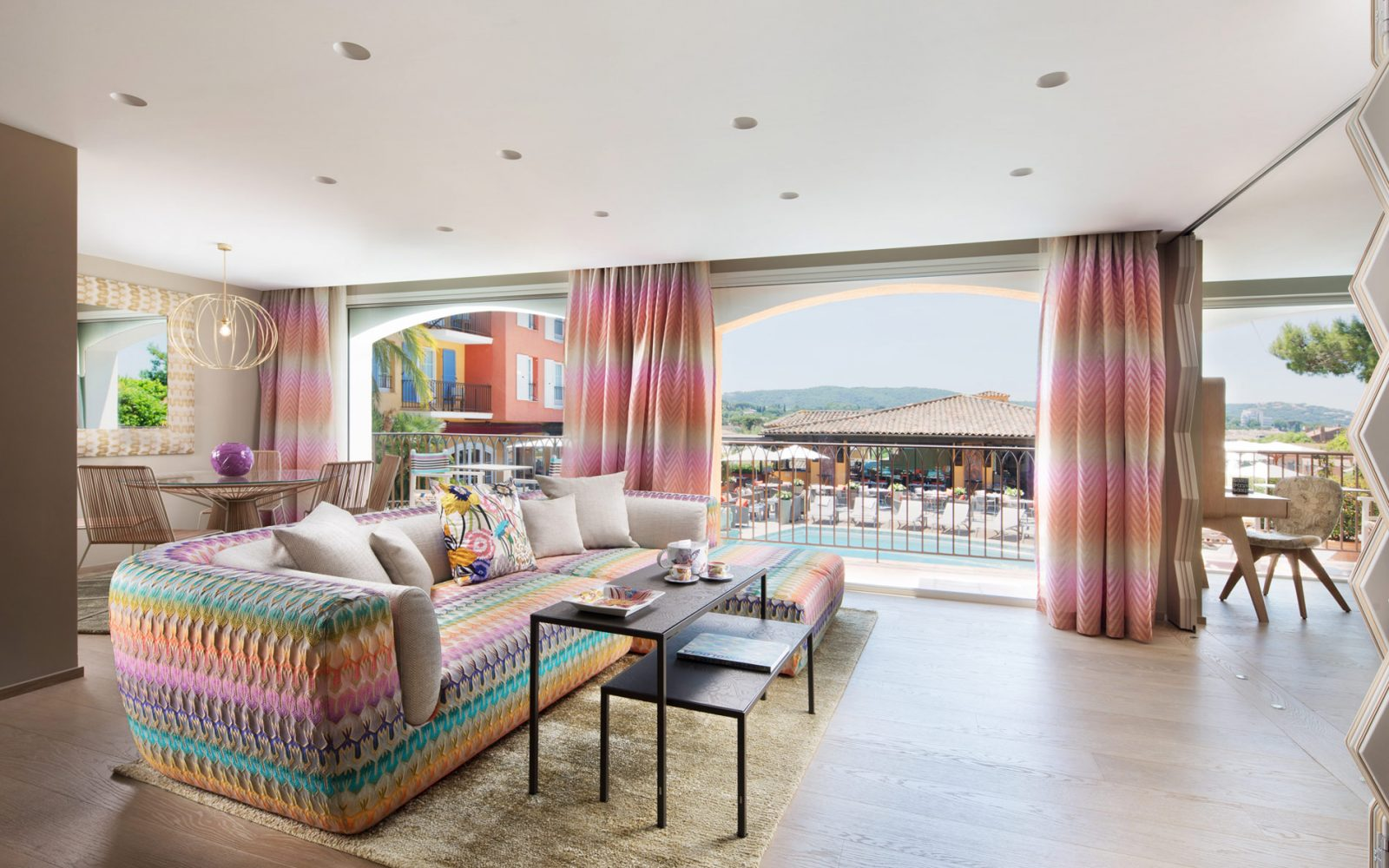However, The Biggest Surprise Is A Grandiose Project Of Redesigning The  Largest Suites Signed By Fantastic Missoni Home.